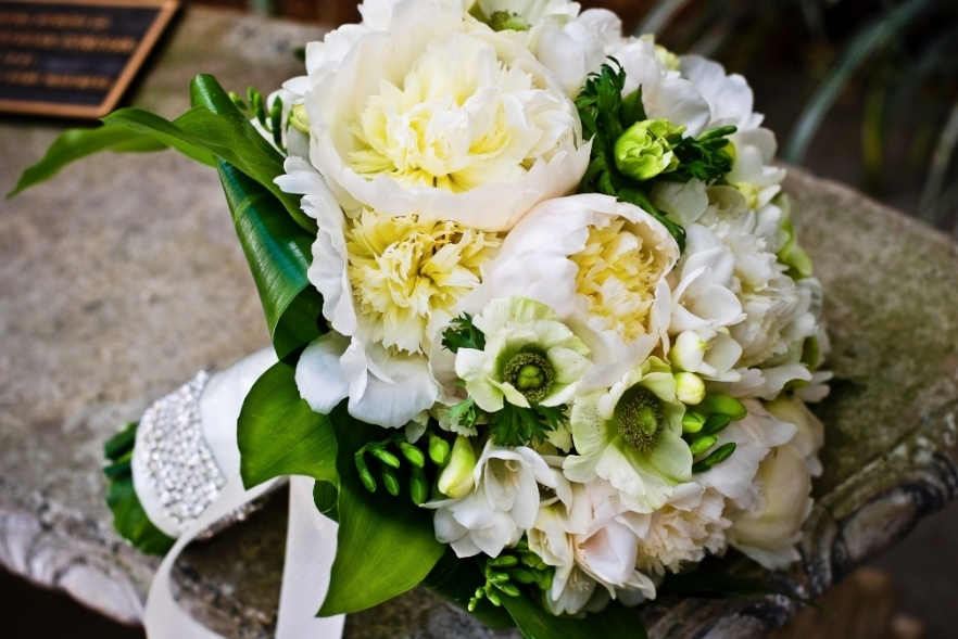 how to make a bouquet of peonie flowers