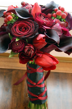 dark red mixed bouquet - Red Garden Rose Bouquet