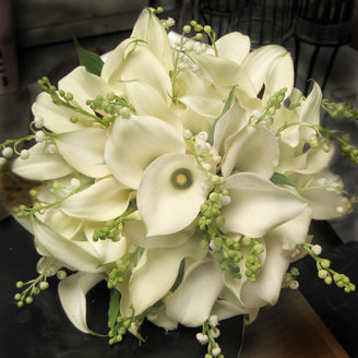 Calla White and Baby's Breath