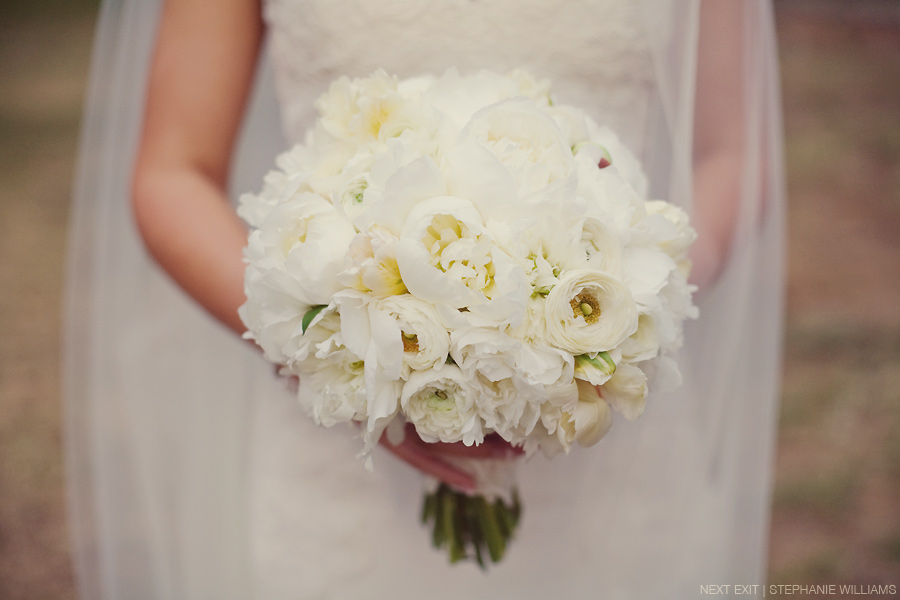 A White Bouquet of Beauty