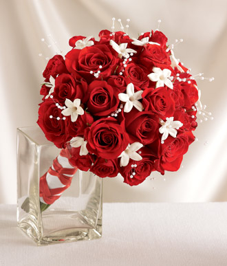 A Splash Of White In Red Bouquet Wedding Flower