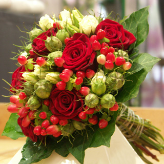 Red Roses With Berries