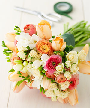 orange white bouquet
