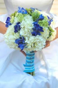 white blue bouquet