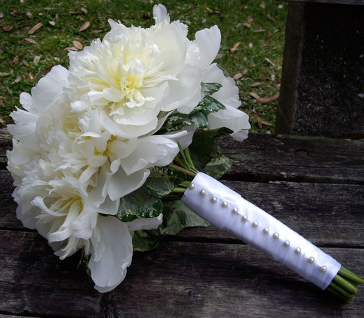 white peonies bouquet