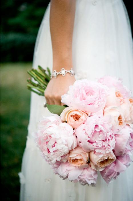 orange-roses-pink-peonies