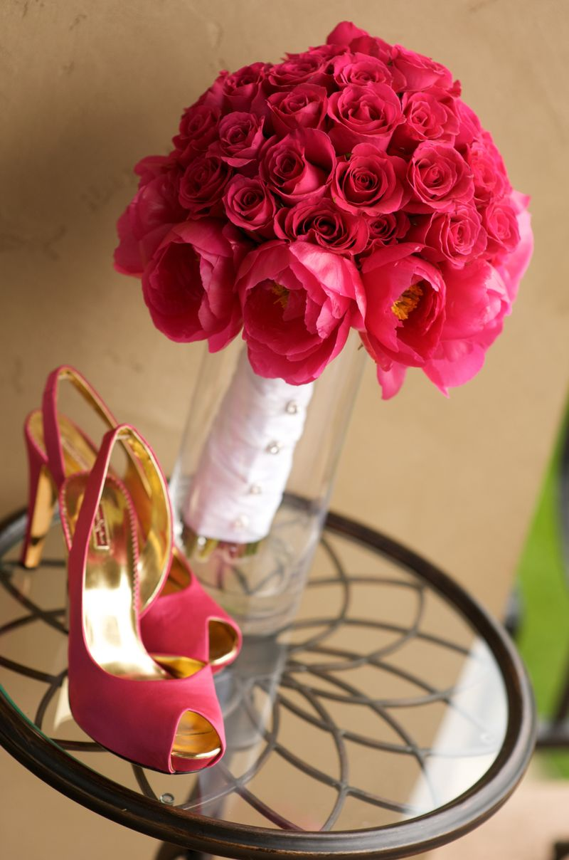 pink bouquet and pink wedding shoes