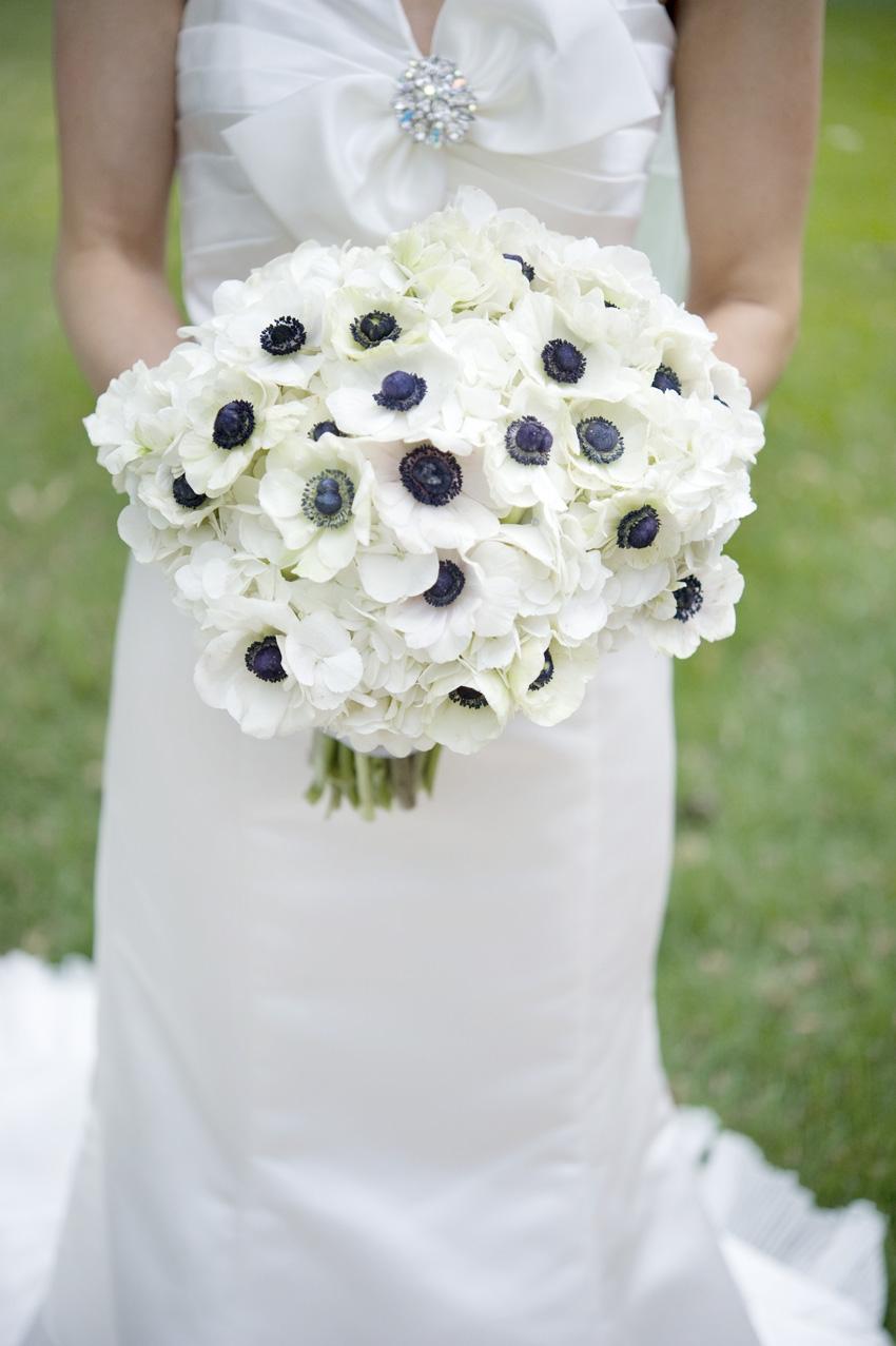 The brides anemone bouquet bouquet wedding flower anemone bouquet izmirmasajfo
