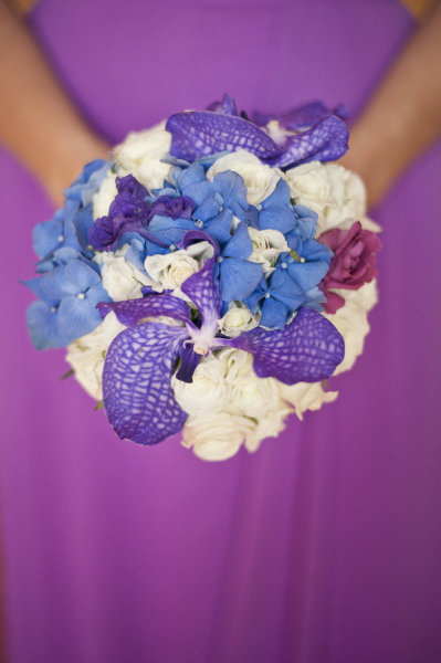 blue-purple-white-bridesmaid-bouquet