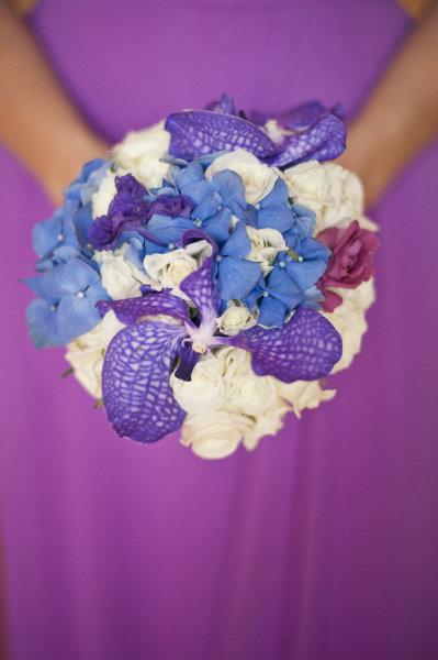 blue-purple-white-bridesmaid-bouquet