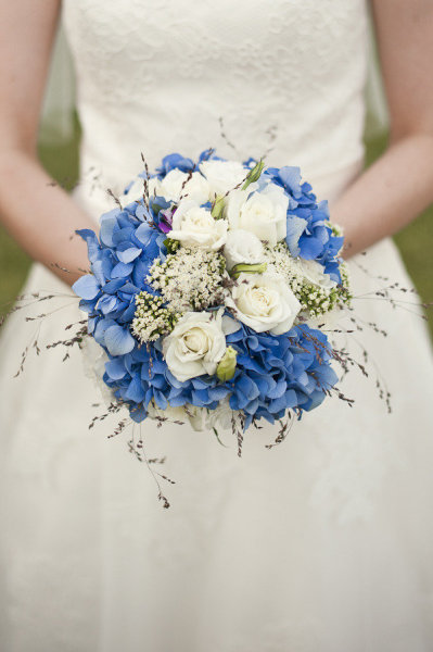 Stunning wedding flowers in blue white and purple from a Moroccan wedding on