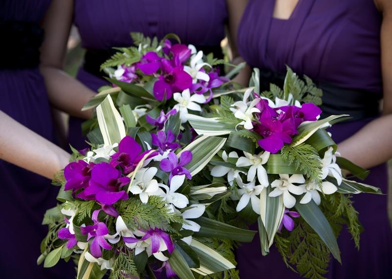 bridesmaid bouquet in purple