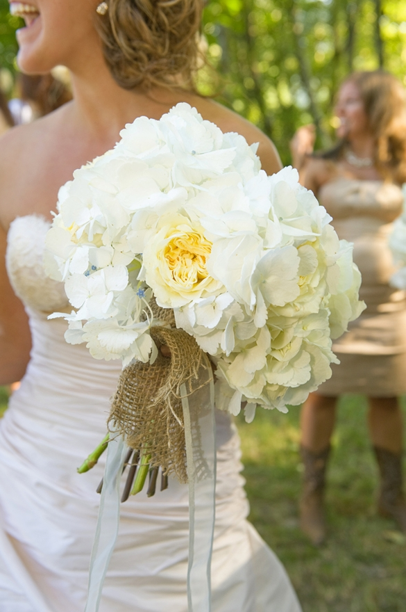 hydrangea cabbage rose bouquet