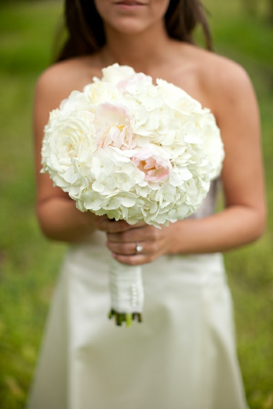 pink wedding flower bouquets