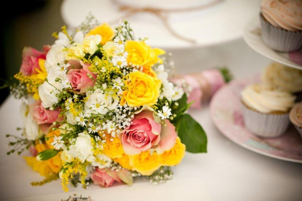 yellow and pink wedding flowers