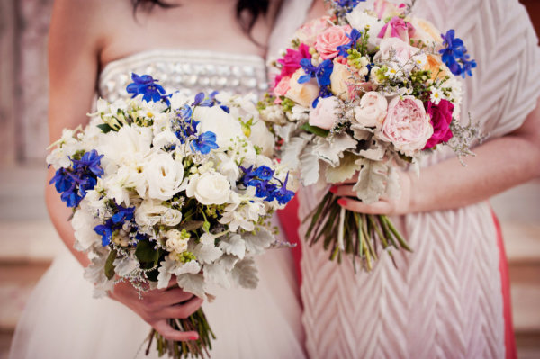 Pink Blue And White Wedding Bouquets : Bouquet wedding flower ?