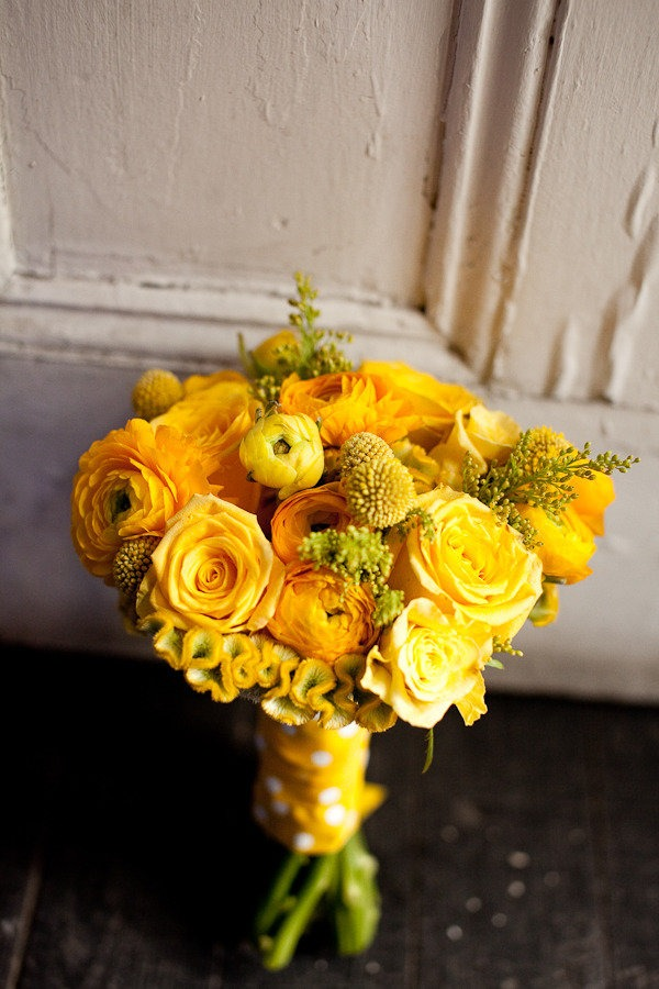 bright yellow bridal boqsuet