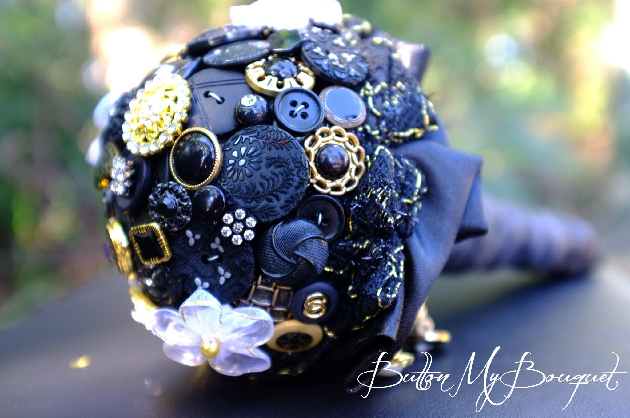 dark blue button bouquet