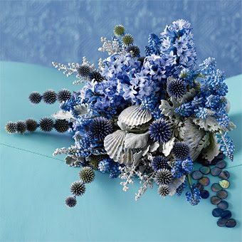 echinops, grape hyacinth, dusty miller, hyacinth