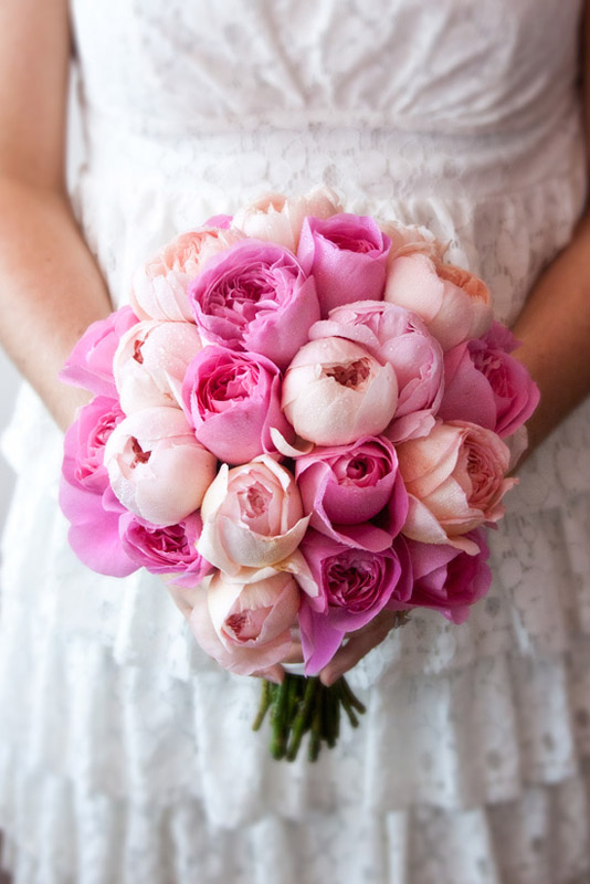 pink bouquet for wedding