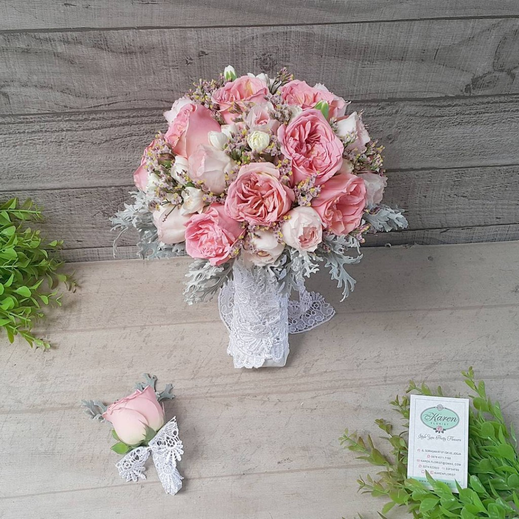 Dave Austin and baby Rose Bridal Bouquet