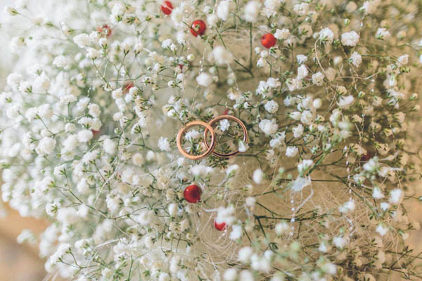 rings in baby's breath bouquet