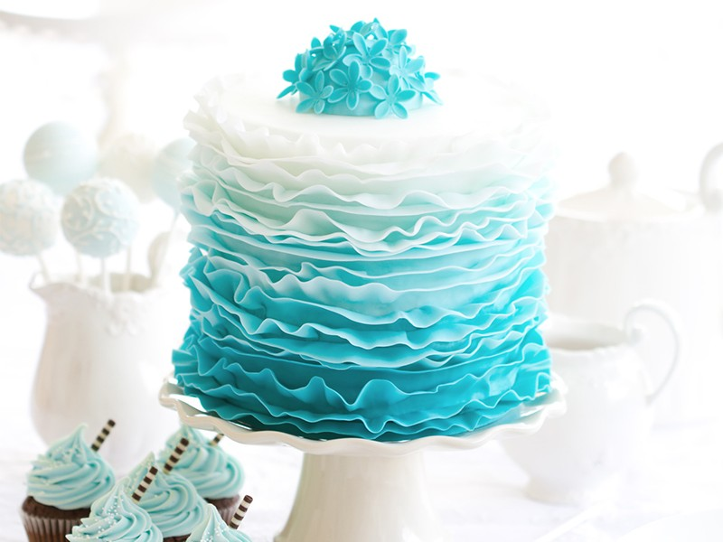 Single tier teal ombre wedding cake