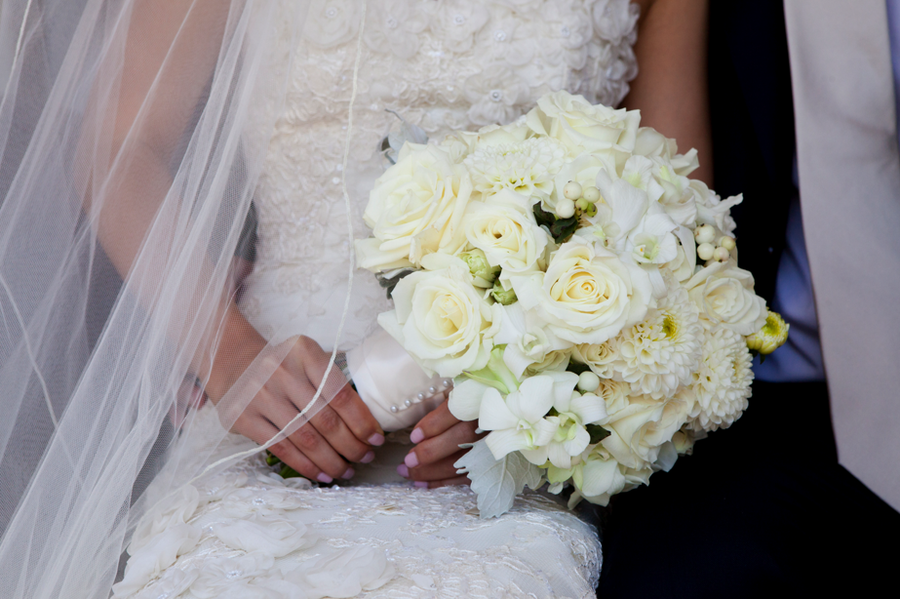 White roses and dahlias bouquet bride