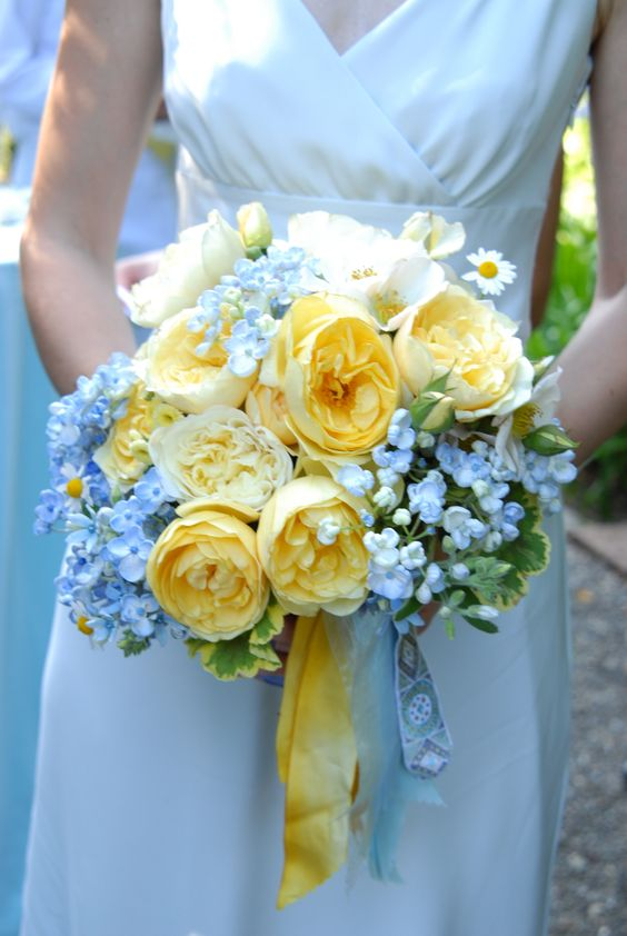 tweedia, hydrangeas, and English garden roses. All flowers by Ariella Chezar.