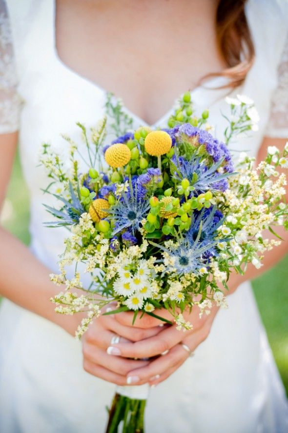 yellow blue bridal bouquet ideas 2017